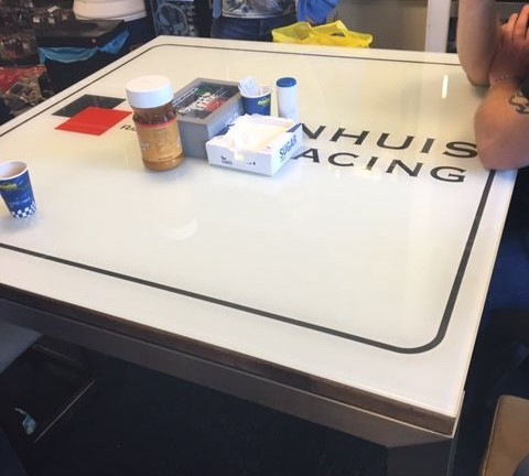 Tafelblad Glasservice Vrolijk